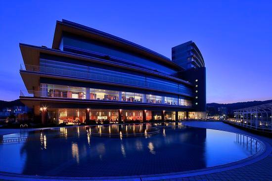琵琶湖ホテル1