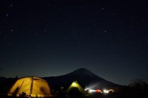 キャンプ夜空