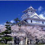 滋賀県の桜の名所、長浜城の天守閣から眺める桜の見ごろは!?